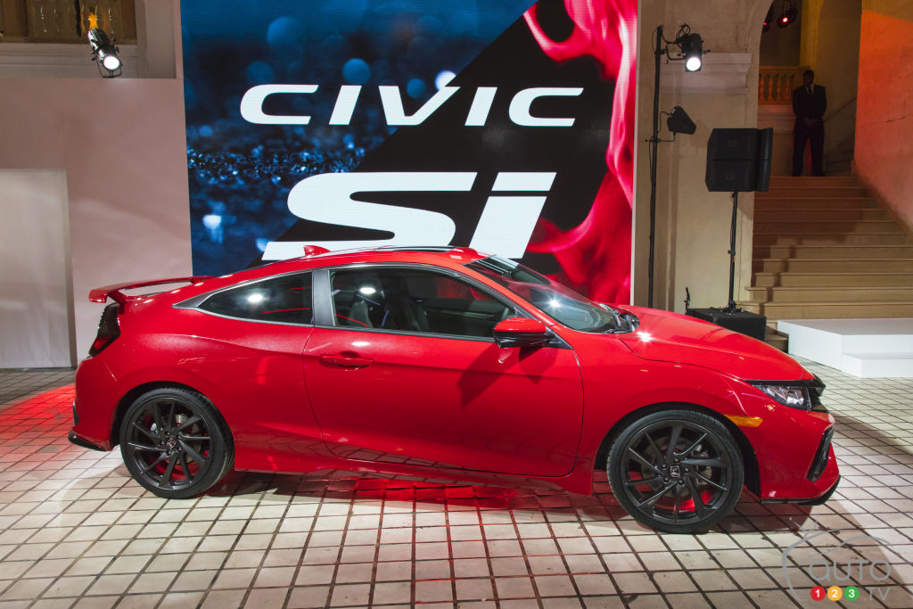Los Angeles 2016: Honda Civic Si Prototype world premiere (video)
