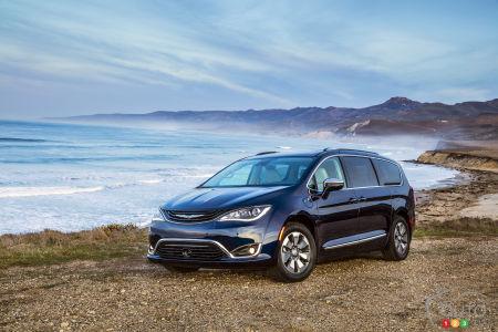 Chrysler Pacifica hybride 2017 : production démarrée