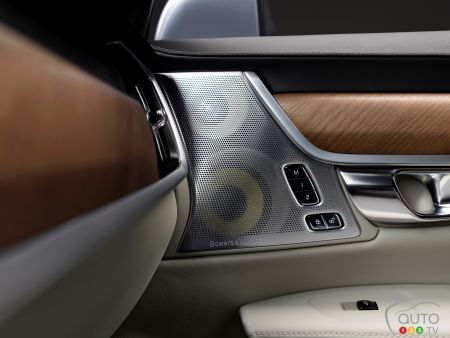 Volvo's Bowers & Wilkins stereo reproduces concert hall
