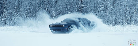 New Watch The Dodge Challenger GT With AWD Have Fun In The