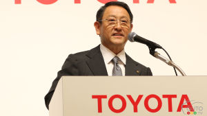 Toyota suspend sa production de véhicules au Japon