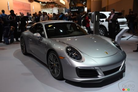 Toronto 2016: Seventh Generation Porsche 911 Carrera Revealed