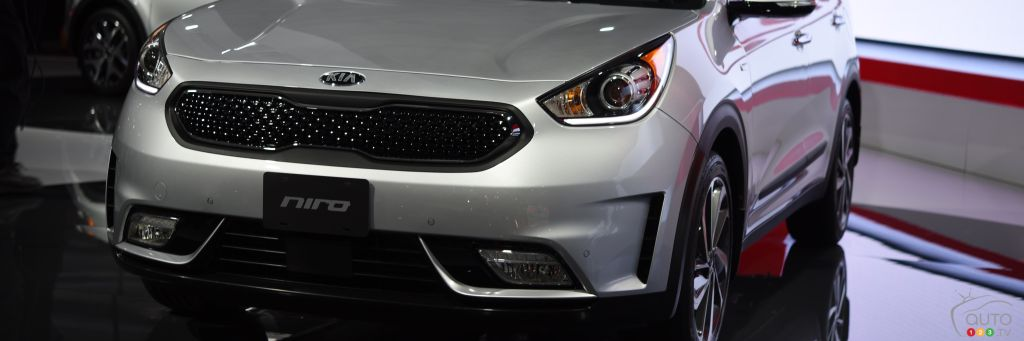 Auto123 New Cars Used Cars Auto Shows Car Reviews Amp Car News Kia Niro concept makes Canadian debut in Toronto   Car News   Auto123