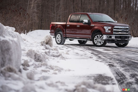 2016 Ford F-150 SuperCrew LARIAT 4x4 Review