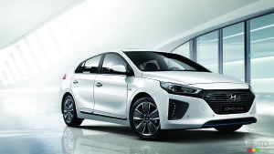 Geneva 2016: Hyundai IONIQ intends to hurt Prius