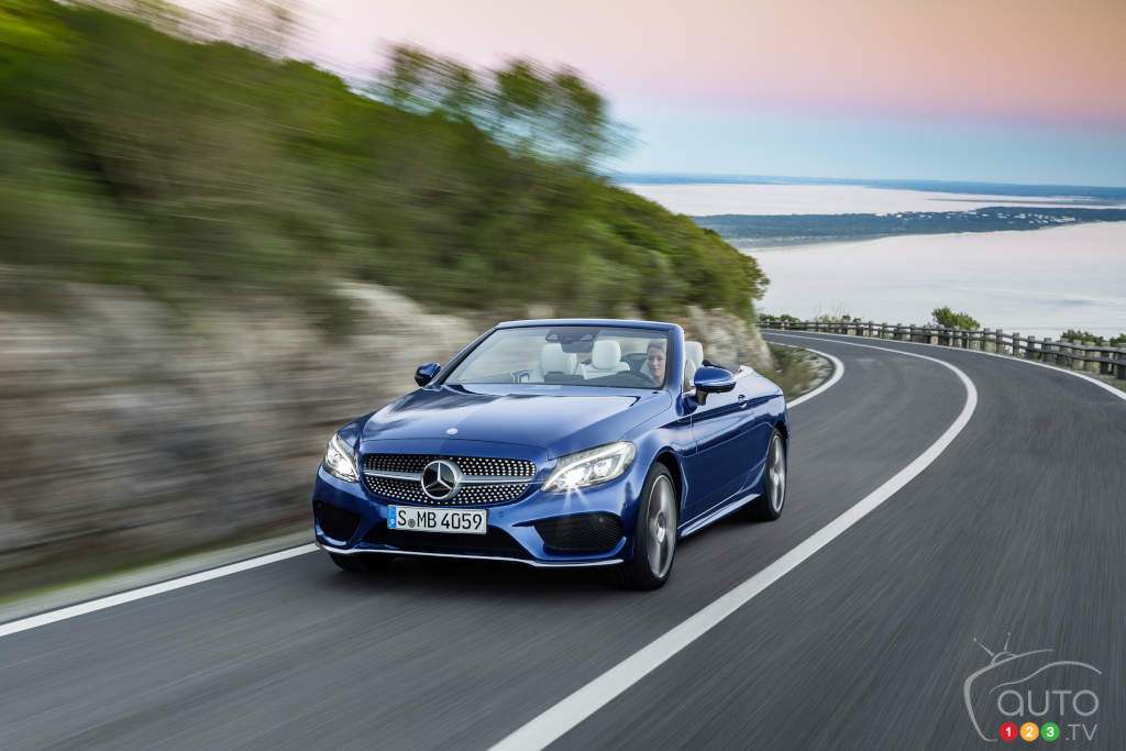 Mercedes-Benz unveils two new C-Class models in Geneva