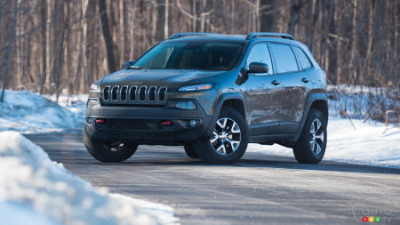 jeep cherokee reviews from industry experts auto123. Black Bedroom Furniture Sets. Home Design Ideas