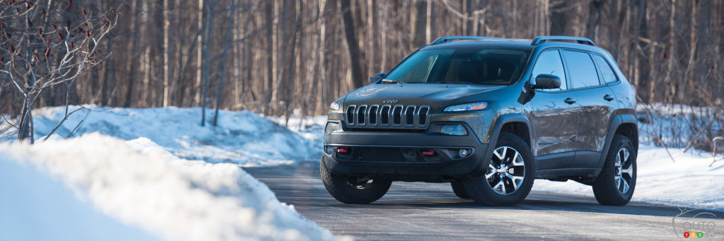 2016 jeep cherokee trailhawk review car reviews auto123. Black Bedroom Furniture Sets. Home Design Ideas