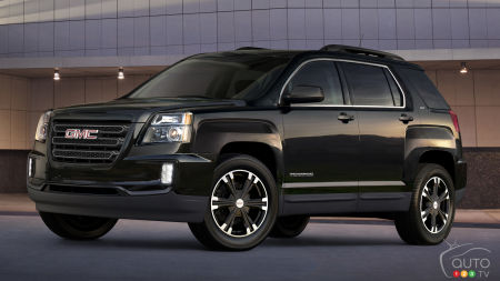 Blacked-out GMC Terrain Nightfall Edition on its way to Canadian dealers
