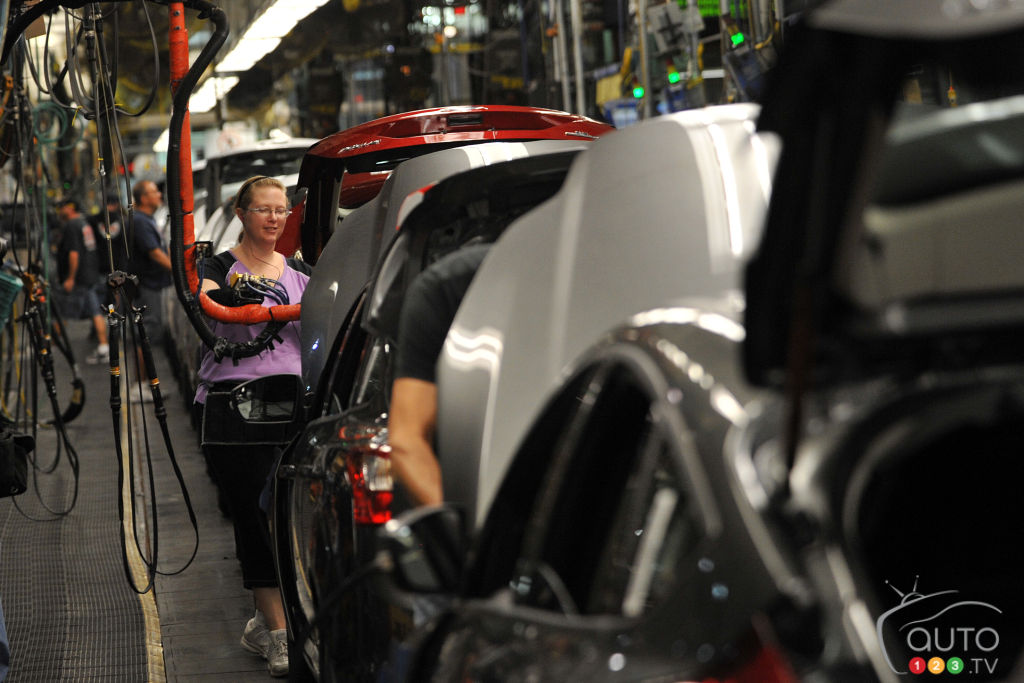 Ford invests $1.6 billion in new Mexican plant for small cars