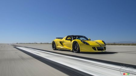 Hennessey Venom GT Spyder sets speed record at 427.4 km/h