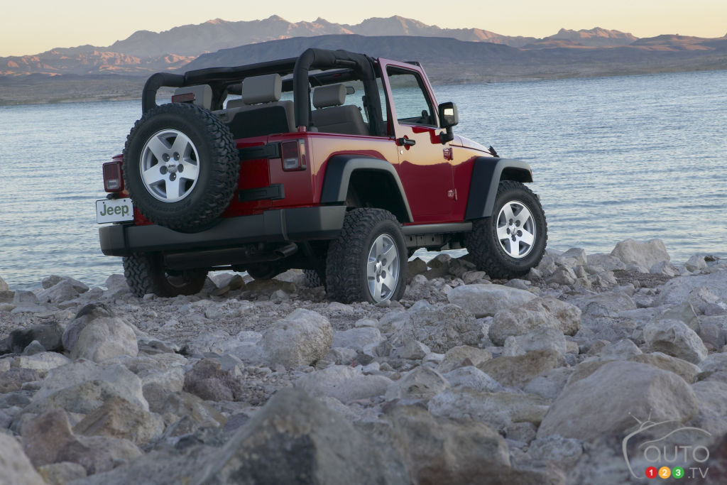35 000 jeep wranglers from 2007 2010 recalled in canada. Black Bedroom Furniture Sets. Home Design Ideas