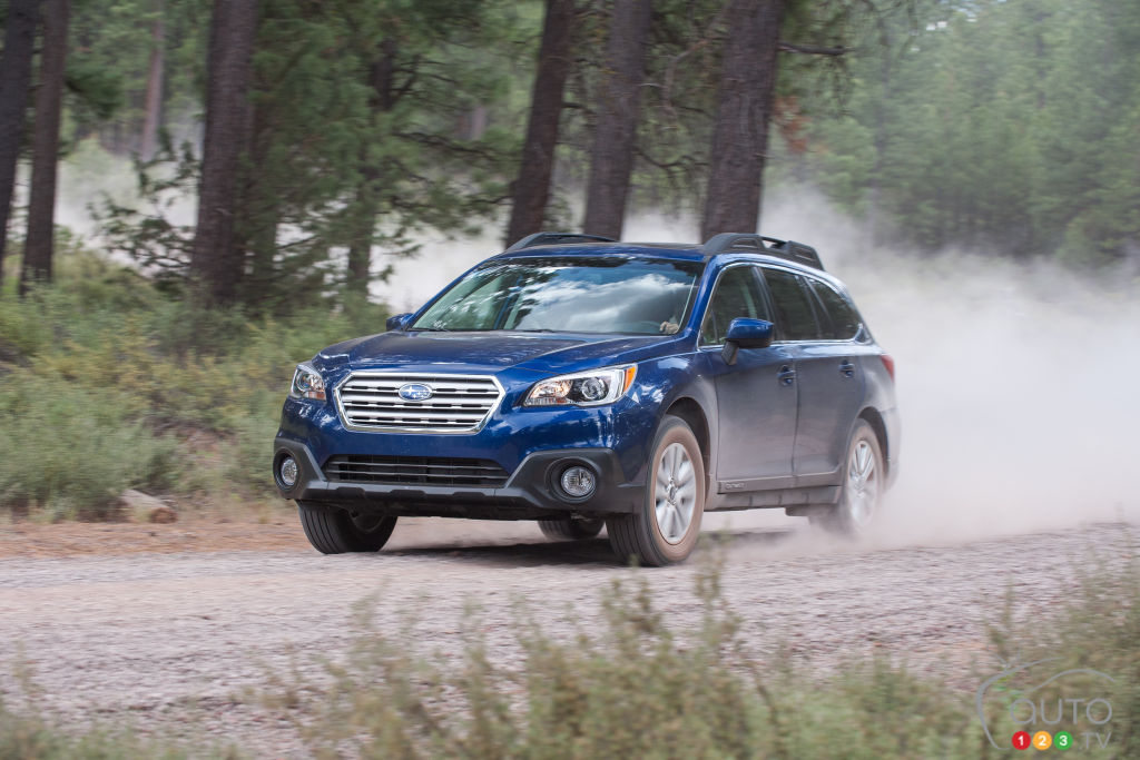 2016 subaru legacy outback hit with a recall car news. Black Bedroom Furniture Sets. Home Design Ideas
