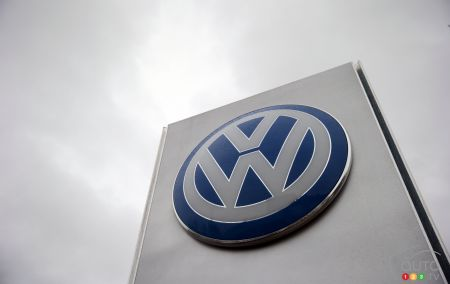 Did Volkswagen steal hybrid technology?