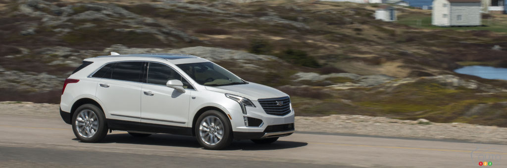 2017 cadillac xt5 platinum delights in many ways car reviews auto123. Black Bedroom Furniture Sets. Home Design Ideas