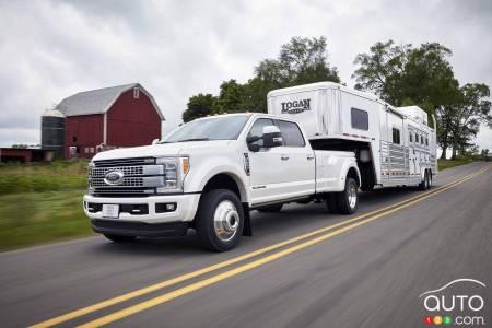 All New 2017 Ford F Series Super Duty Trucks Ready To Roar