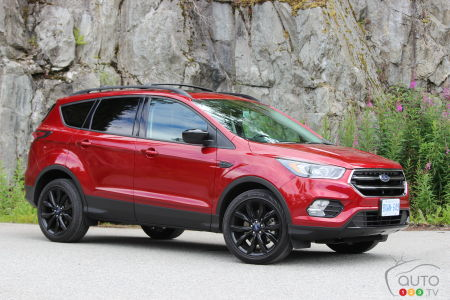 Ford Escape Sport >> 2017 Ford Escape Se Is An Able Modern Road Companion Car