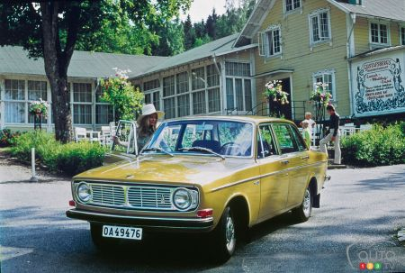 Volvo Celebrates 50 Years Since its Millionth Car – Congratulations to the 140 Model!