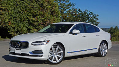 2017 Volvo S90 T6 AWD Inscription Review