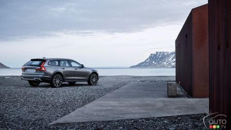 All-new Volvo V90 Cross Country geared for lavish adventures