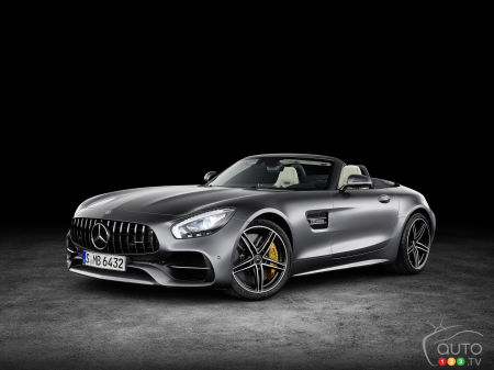 Mercedes-AMG GT adds two stunning roadster variants