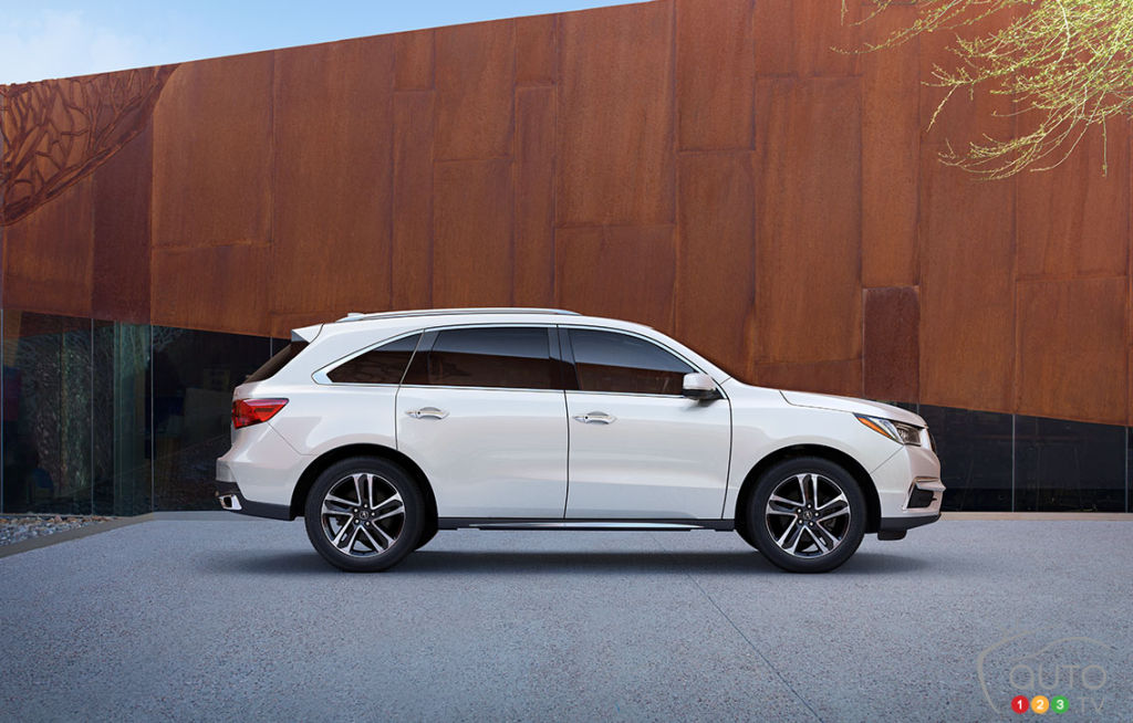 2017 Acura MDX Quick Look; Full Review Coming This Week