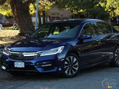 2017 Honda Accord Hybrid Touring Review