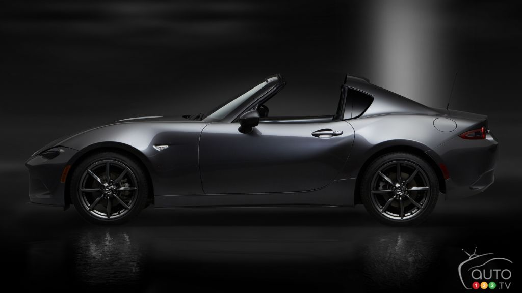 Montreal 2017: Mazda MX-5 RF makes Canadian auto show debut