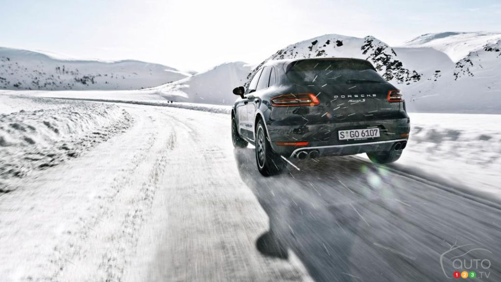 Porsche Macan on ice with rally legend Walter Röhrl