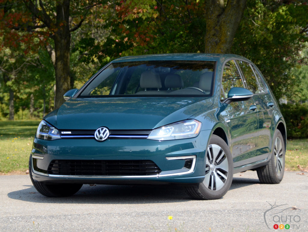 Review Of The New 2017 Volkswagen E Golf Car Reviews Auto123
