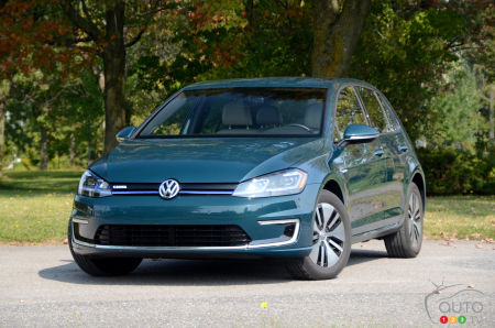 2017 Volkswagen E Golf A More Electric