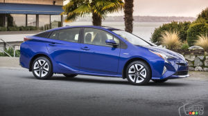 Top 10 Fuel-Efficient Vehicles You Can't Plug In in 2017