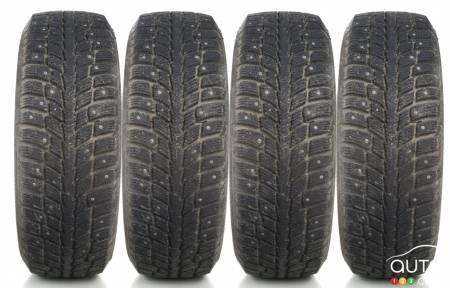 les pneus clout s un bon choix actualit s automobile auto123. Black Bedroom Furniture Sets. Home Design Ideas