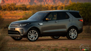 2018 Land Rover Discovery Gets Changes Under the Hood and Inside