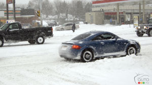 Adapt Your Driving to Avoid Unpleasant Surprises in Winter