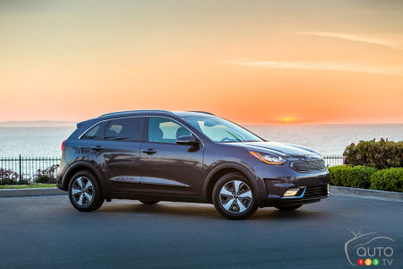 Los Angeles 2017: 2018 Kia Niro Unveiled as Plug-in Hybrid Model