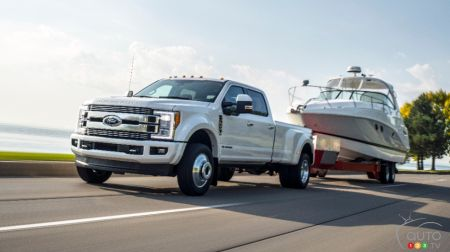 2018 Ford Super Duty Returns with More Power and Towing Capacity