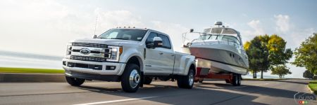 2018 ford super duty gets more power and towing capacity car news auto123. Black Bedroom Furniture Sets. Home Design Ideas