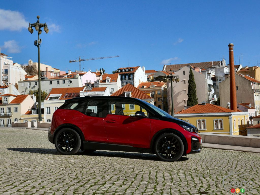 2018 BMW i3s, Focused on Sportiness