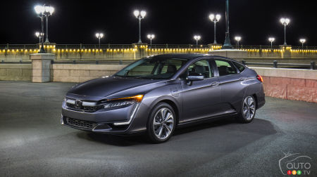 Honda Clarity Plug-In Hybrid Now Available in Canada; Would You Buy it?