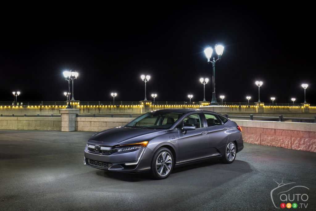 Honda Clarity Plug In Hybrid Now Available In Canada; Would You Buy It?