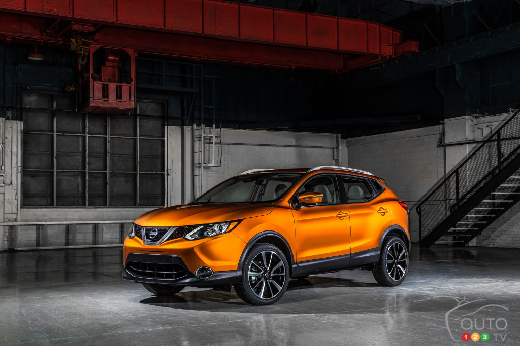 Toronto 2017: Nissan Qashqai and Vmotion 2.0 Concept, plus Infiniti QX50 Concept (videos)