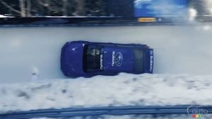 Incroyable, une Subaru WRX STI se transforme en bobsleigh!