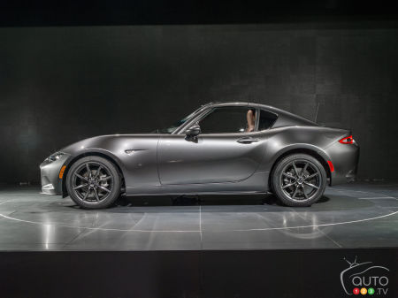 Mazda MX-5 RF's styling excellence confirmed by top Red Dot award