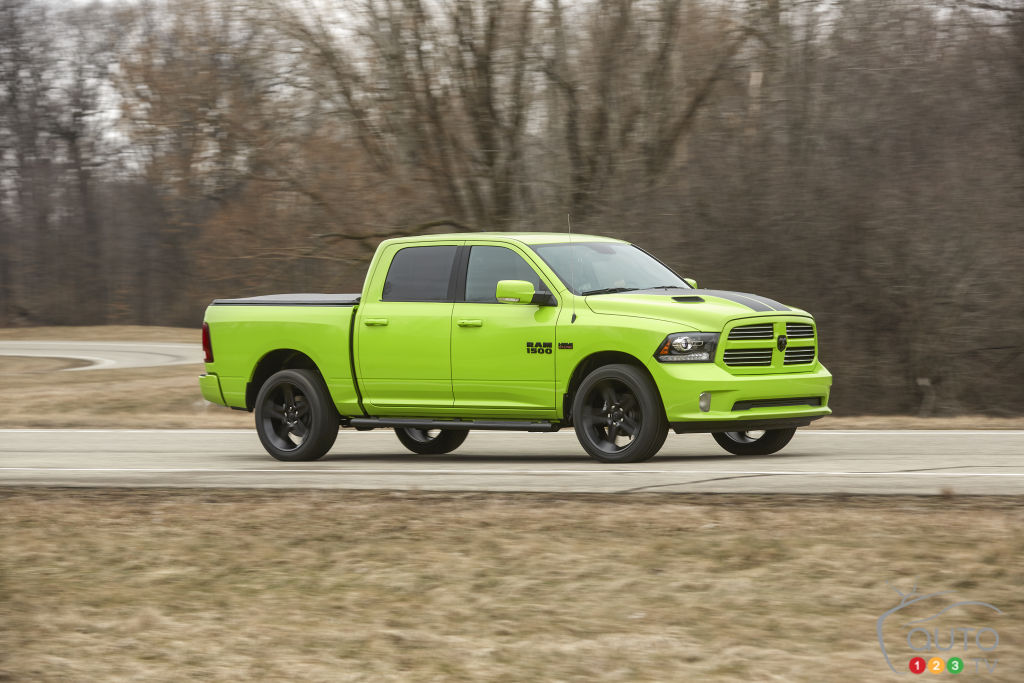 2017 Ram 1500 unveils new colours at New York Auto Show ...