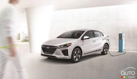 Hyundai Ioniq Priced Lower Than Prius Volt And Bolt Ev