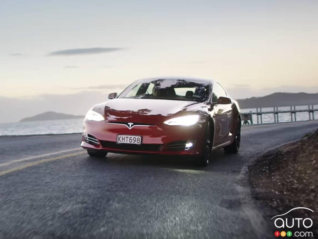 Articles on Tesla | Car News | Auto123