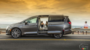 Chrysler Pacifica: Gadgets Galore for Families on Vacation
