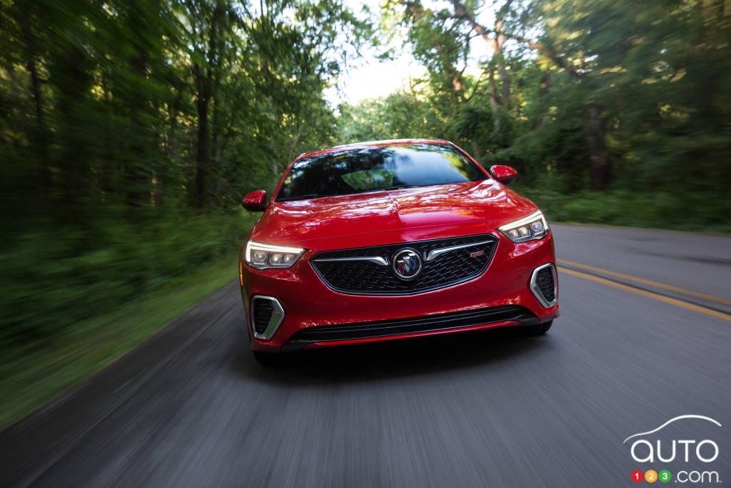 la buick regal gs 2018 se dote d un nouveau v6 et bien plus rh auto123 com