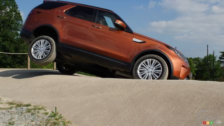 See What the New Land Rover Discovery is Capable of